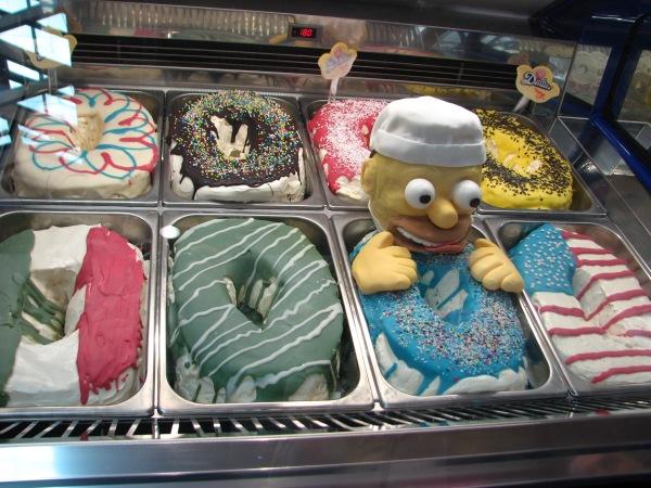 vetrina gelato colorata
